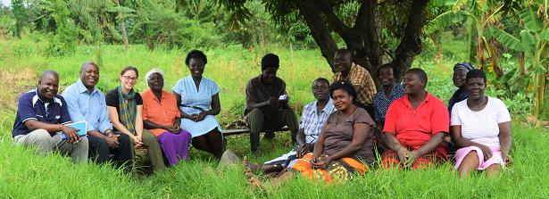 Group Photo of farmers at Nyalenda slum